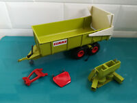 25.11.18.3 tracteur siku Claas remorque + accessoires 1/32
