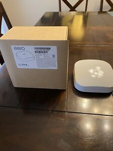 eero Pro 6 1Gbps Tri-Band Mesh WiFi 6 Router
