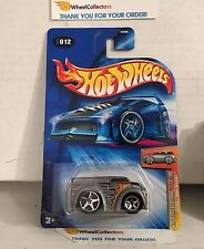 Blings Dairy Delivery #12 * ZAMAC * 2004 Hot Wheels * G40
