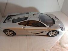 1997 Mc Laren Road Car gris foncé / dark grey UT Models 1/18