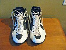 Nike Zoom Hyperdunk White & Black Basketball Shoes Mens 2011 Size 13
