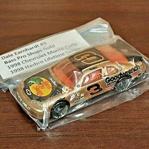 Dale Earnhardt #3 1998 GM Goodwrench Bass Pro Shops 1:64 Diecast NASCAR
