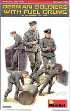 MiniArt German Soldiers with Fuel Drums in 1/35 35 256 ST