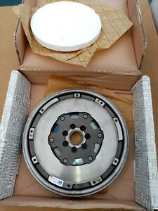 Genuine Renault 1.5dci Dualmass Flywheel 123002584r