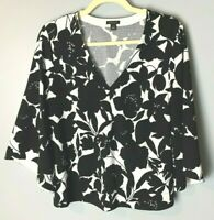 Ann Taylor Women's Top Size Small Flare Sleeves V-Neck Floral Black White Casual