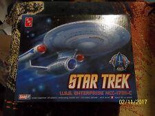 AMT-Round 2 #661 1/2599 Star Trek USS Enterprise NCC-1701C