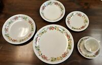 Vintage Quince by Wedgwood Dinnerware Set 4 - 6 pc settings + 2 Platters
