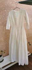 Ancienne robe de mariée - broderie Anglaise - fin 19 eme/début XXeme
