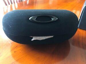 Oakley NEW Ellipse O Sunglass Case - Black New in Box