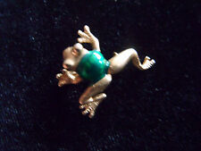 Sweet little gold tone metal and enamelled frog brooch