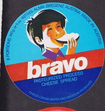 Ancienne   étiquette fromage Autriche  BN19285 Bravo Garçon