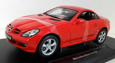 Welly 1/18 Scale Diecast 12550w Mercedes Menz SLK 350 Red