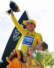 Lance Armstrong Tour De France 2005 ganador con Trofeo 10x8 FOTO