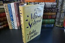 Alfred A. Knopf, 1966 Signed edition, THE MUSIC SCHOOL, John Updike, Literature