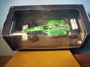 1/18 HOT WHEELS 26741 JAGUAR RACING R1 2000 EDDIE IRVINE