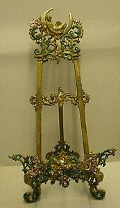 Vintage Art Nouveaux Cast Iron Easel / Picture Stand (GR)