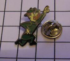 RANGER SMITH YOGI BEAR HANNA BARBERA vintage pin badge Z4X