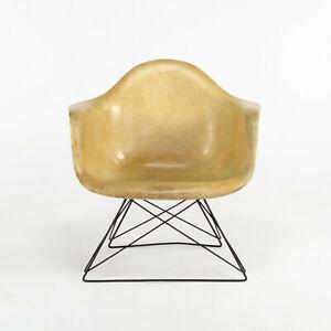 1954 Herman Miller Eames Fiberglass LAR Arm Shell Lounge Chair Cats Cradle Base