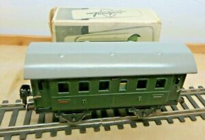 Fleischmann Scale 0 Gfn 402 Passenger Cars Green 1 2. Class IN Original Package