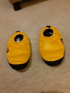 The North Face Mens Slippers Size L (9-10.5)