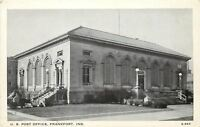 Frankfort Indiana~US Post Office~Arch Windows~1940s B&W Postcard