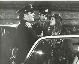ROBIN JOHNSON  GETTING ARRESTED  10X8  GREAT SHOT TIMES SQUARE
