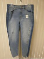 Old Navy Women's The Perfect Straight Ankle The Power  Jeans DISTR. Size 6   NWT