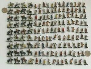Over 150 X 1/72 Roman Soldiers  Well painted and based plus many unpainted inc