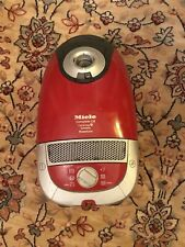 Miele Complete C2 1600W  Cat & Dog Bag Vacuum Cleaner Pet Hairs Main Body Only