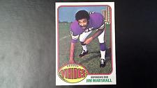 1976 Topps Football #385 Jim Marshall Minnesota Vikings