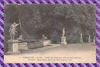 CPA 78 - Versailles - le parc - Combat des animaux et allée des trois fontaines