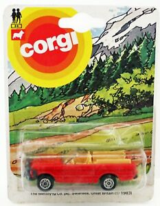 Corgi junior Range Rover convertible in RED  MINT Perfect
