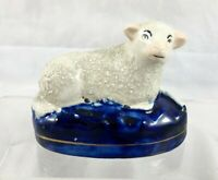 STAFFORDSHIRE POTTERY SHEEP FIGURE *** Very good condition ***