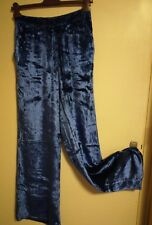 Episode pantalon en velours. taille 42 (Italy) - (38-40 France)