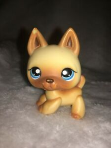 AUTHENTIC LPS Dog #212 Littlest Pet Shop German Shepherd (Blue Eyes, Tan)