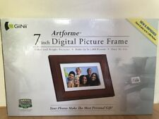Digital Picture Wood Frame GiiNii GN-705W 7-Inch Artforme Holds 1000 Pictures