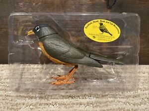 Takara Breezy Singers American Robin Singing/Moving Bird - Needs Repair