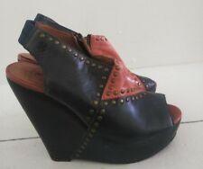 Lucky brand Women wedge Sandals.Size 8M/38
