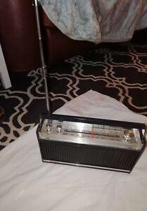 Bush VTR165 Automaster Transistor Radio ,70s  VHF, MW & LW