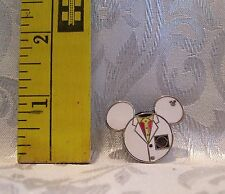 Walt Disney Mickey Mouse JR ICON EPCOT IMAGINATION COSTUME 94932 TRADING Hat Pin