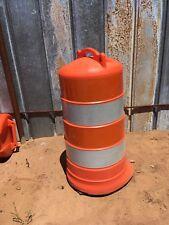 Plastic Traffic or construction safety barricade barrel Channelizer drum
