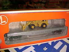 LIONEL,,,,# 17517-------WESTERN PACIFIC FLATCAR WITH CATERPILLAR FRONT LOADER