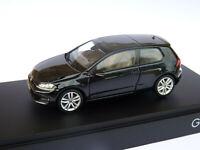 RARE en noir : Volkswagen GOLF 7  VII 3 portes  de 2012  au 1/43 de HERPA