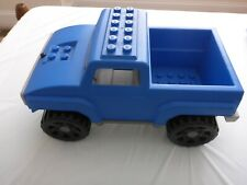 Lego Quatro 5363 --Mountain Climber truck.