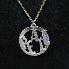Vintage Large Unisex Peace Necklace Silvertone Fashion Accessory Jewelry 2984