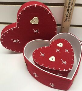 Set Of 2 Heart Shaped Felt Stacking Nesting Boxes Decorative Storage Containers