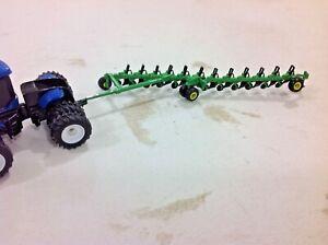 1/64 custom Green 12 bottom on-land plow by C&D