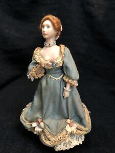 Vintage Dolls House 1/12 Artisan Porcelain Doll Woman  See Description C898