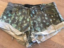 Unqiue One Teaspoon patterened shorts- size 10