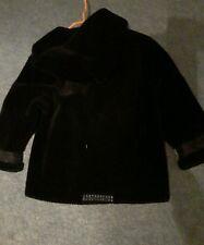 Mantel Gr.104 von Ae  Schwarz mit Kapuze  Kunstfell wie NEU